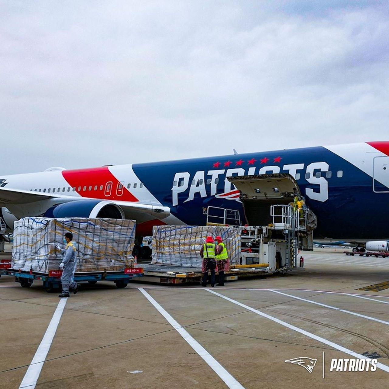 New England Patriots plane N95 masks