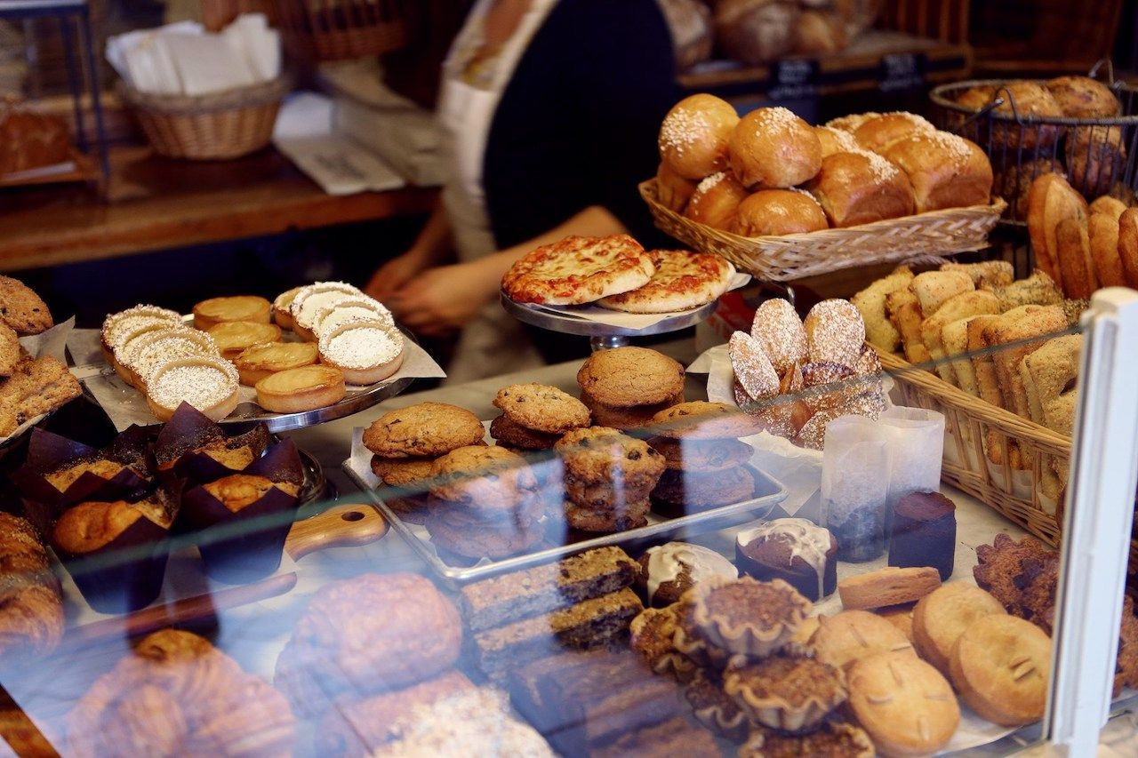 Cookbooks from famous US bakeries