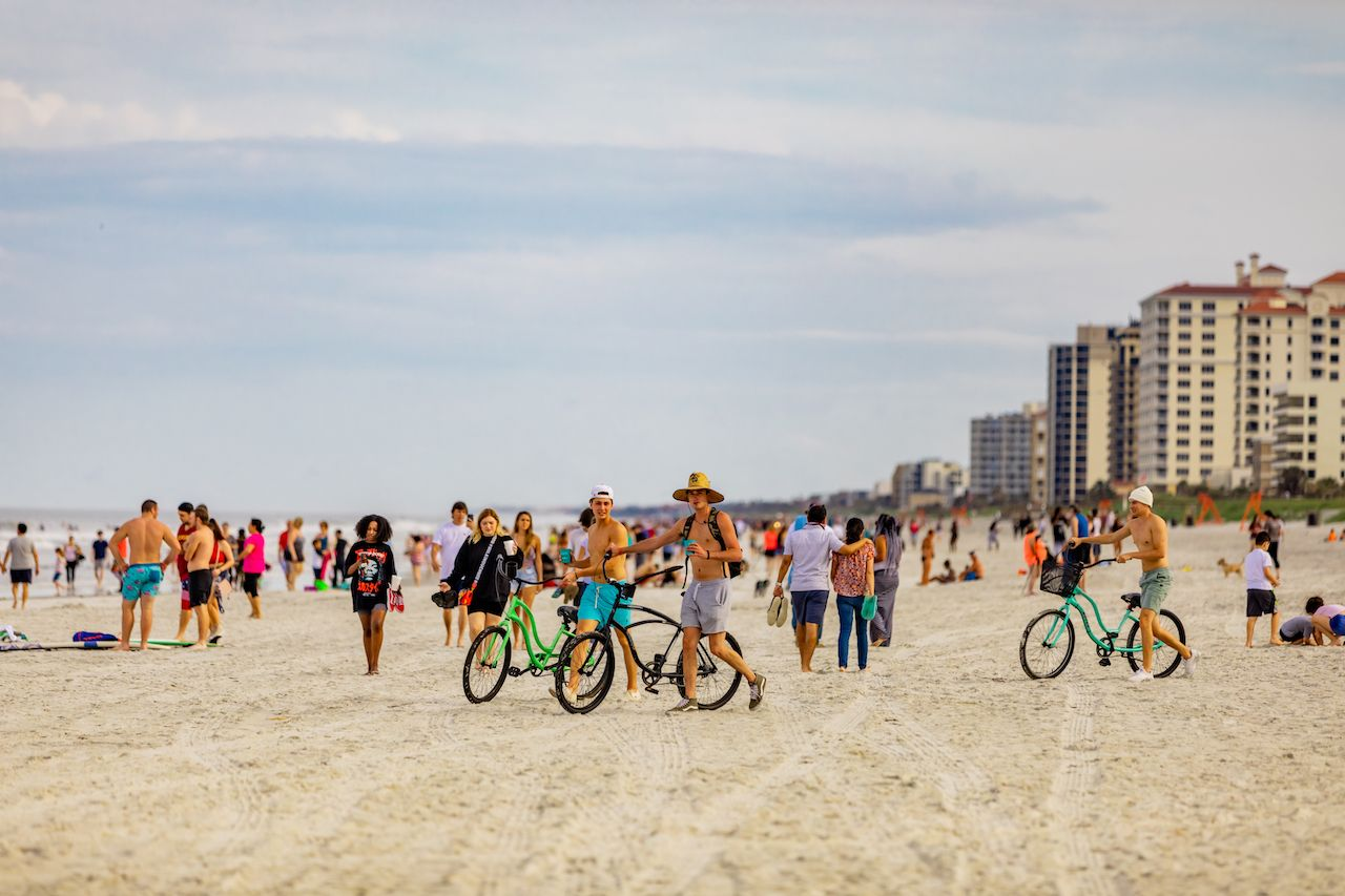 Jacksonville, Florida, reopens beach