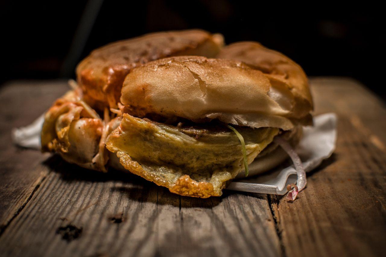 Anday wala burger