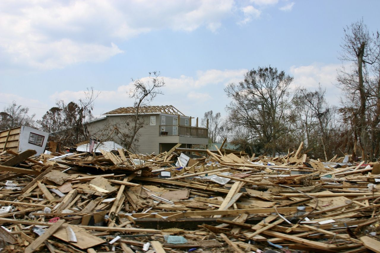 Link between climate change, storms
