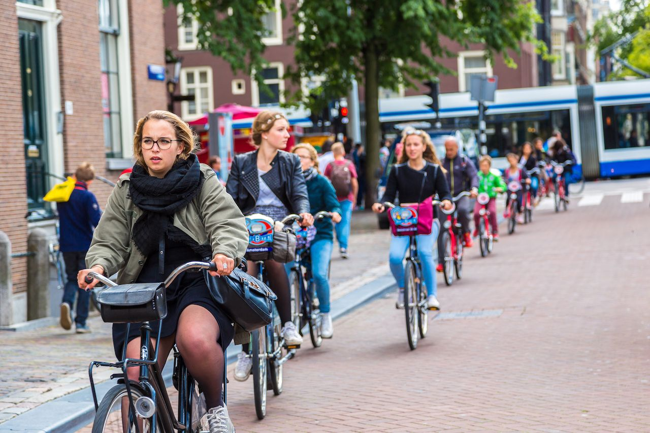 Cities open streets to bicycles