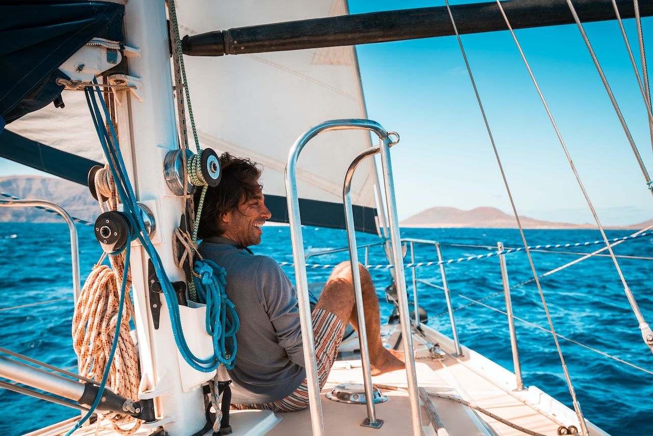 What is sail hitching, how to do it