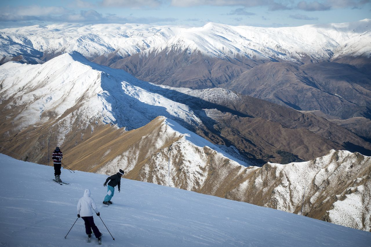 Skiing at Coronet Peak Skifield