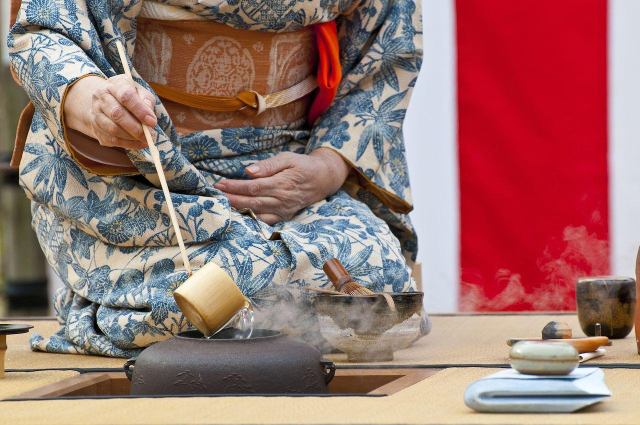 Conducting a Japanese tea ceremony