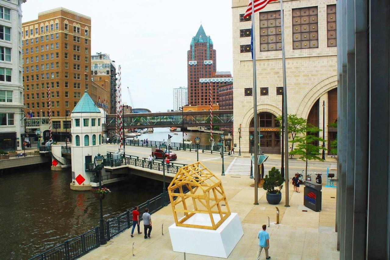 Sculpture Milwaukee