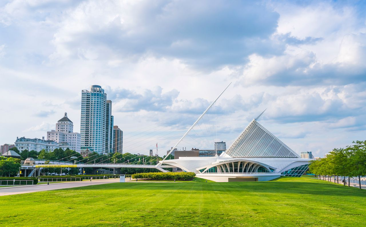 The Milwaukee Art Museum against a blue sky