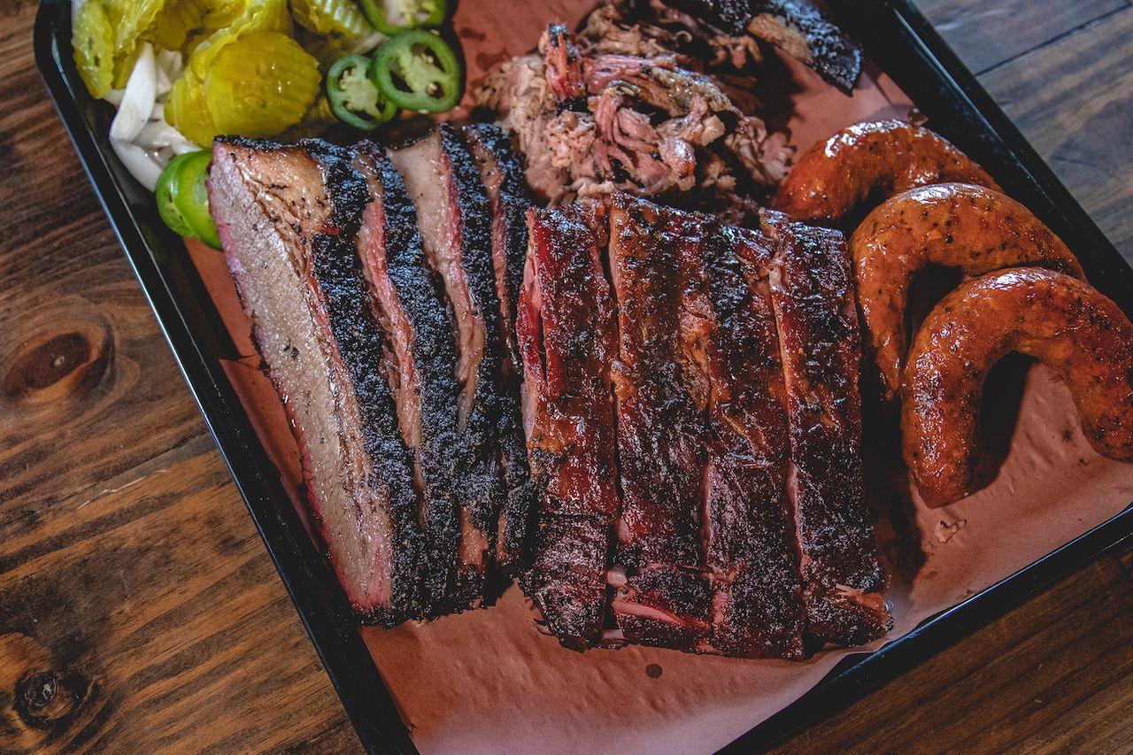 texas-barbecue-platter-brisket