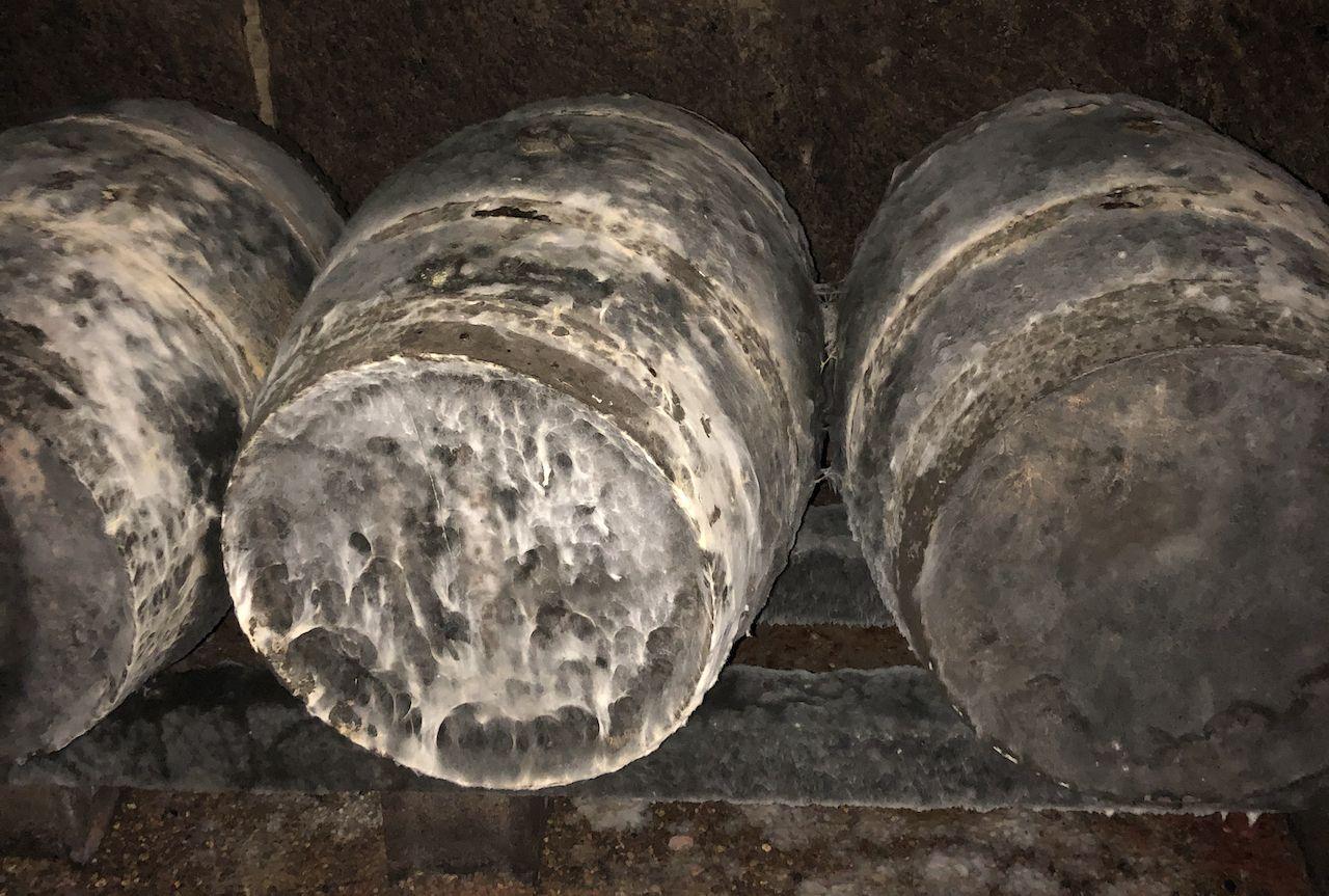 wine-barrels-loire-valley