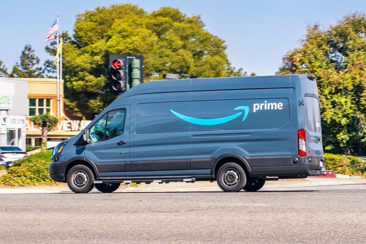 Amazon announces 15% carbon rise