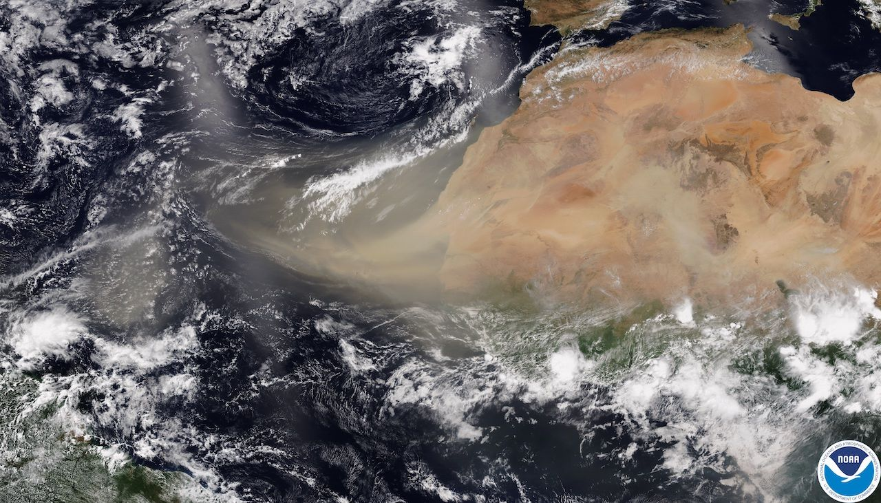 Sahara dust cloud coming to the US