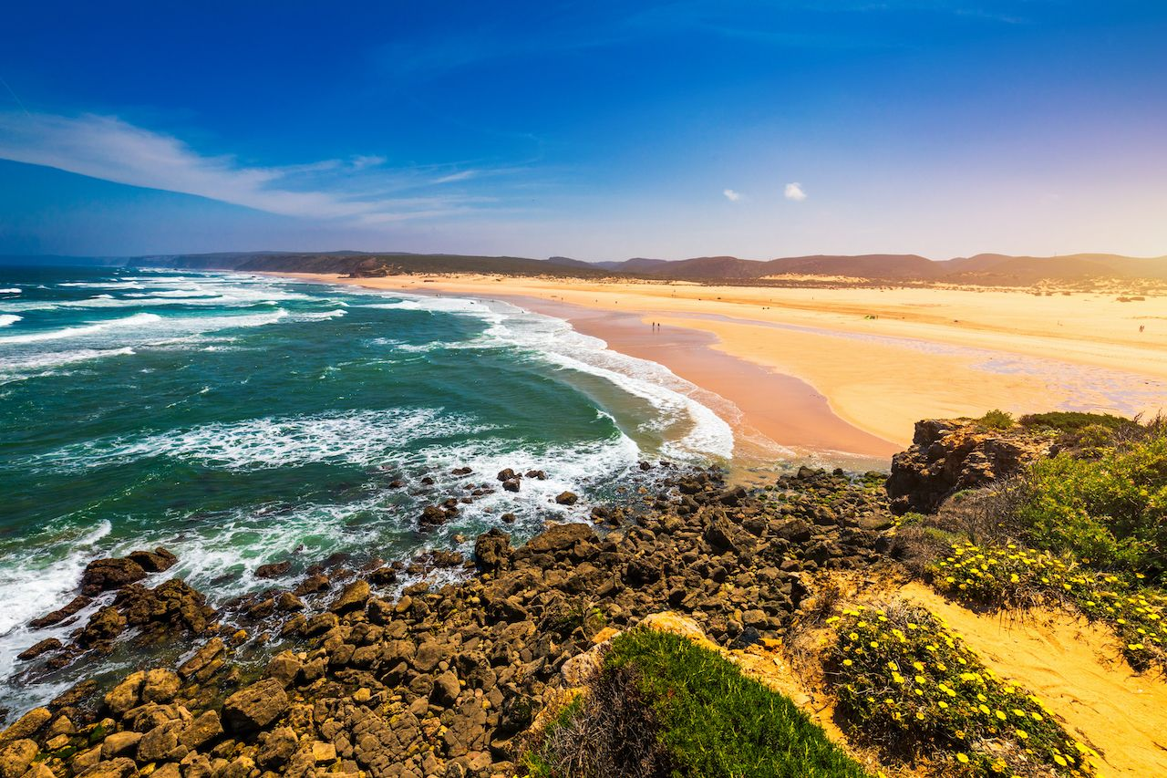 least-crowded-beaches-portugal 2
