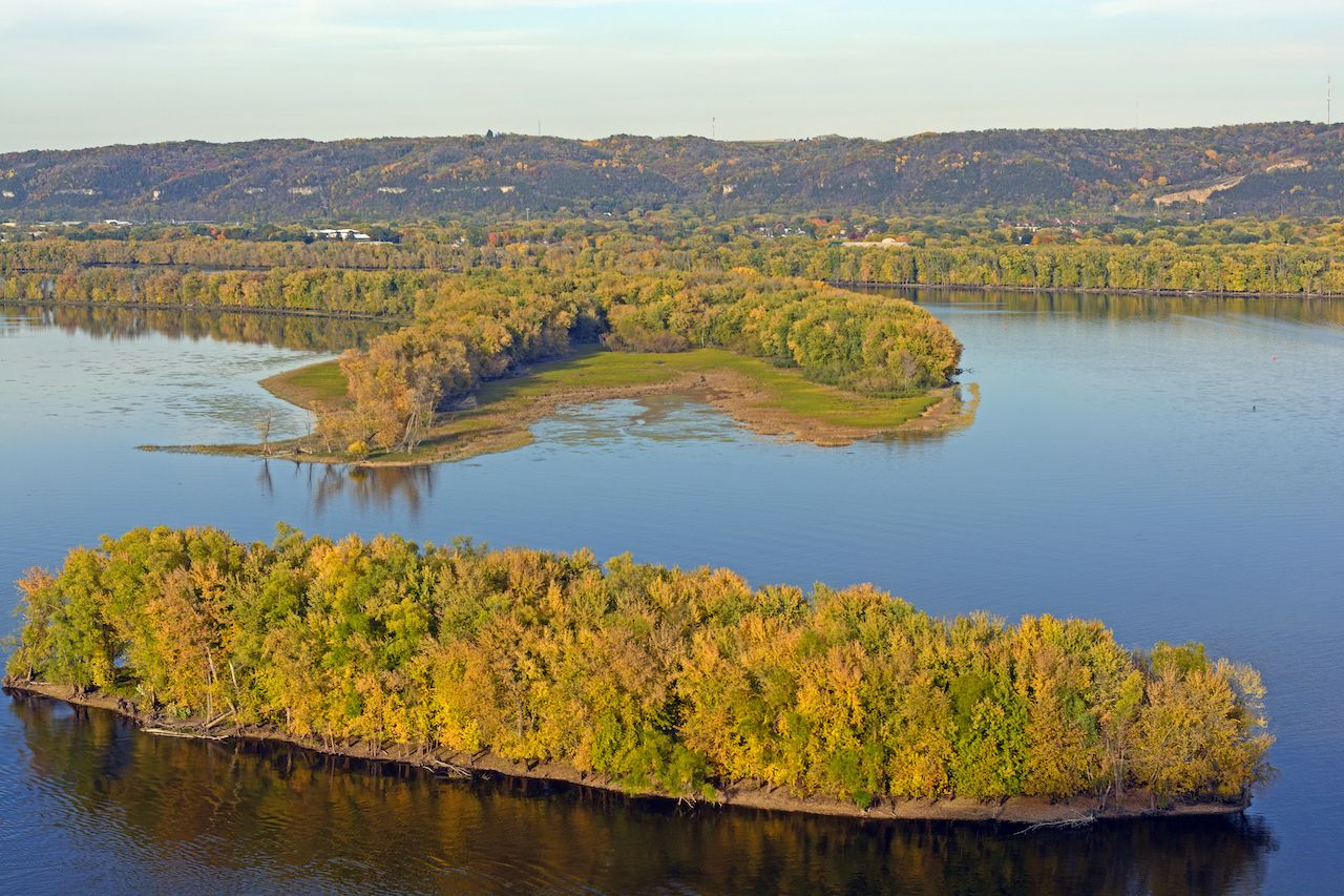 Fall on the Mississippi River