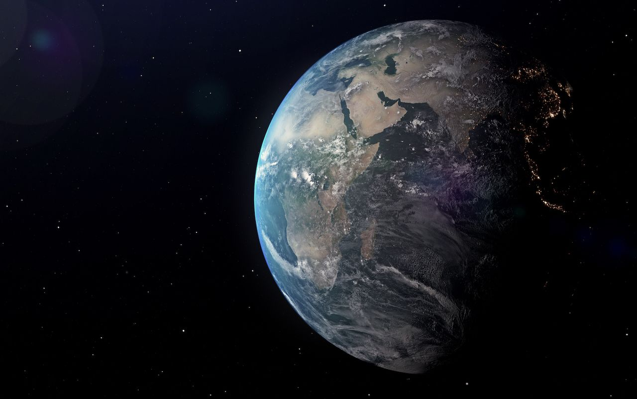 Asteroid to zoom past Earth
