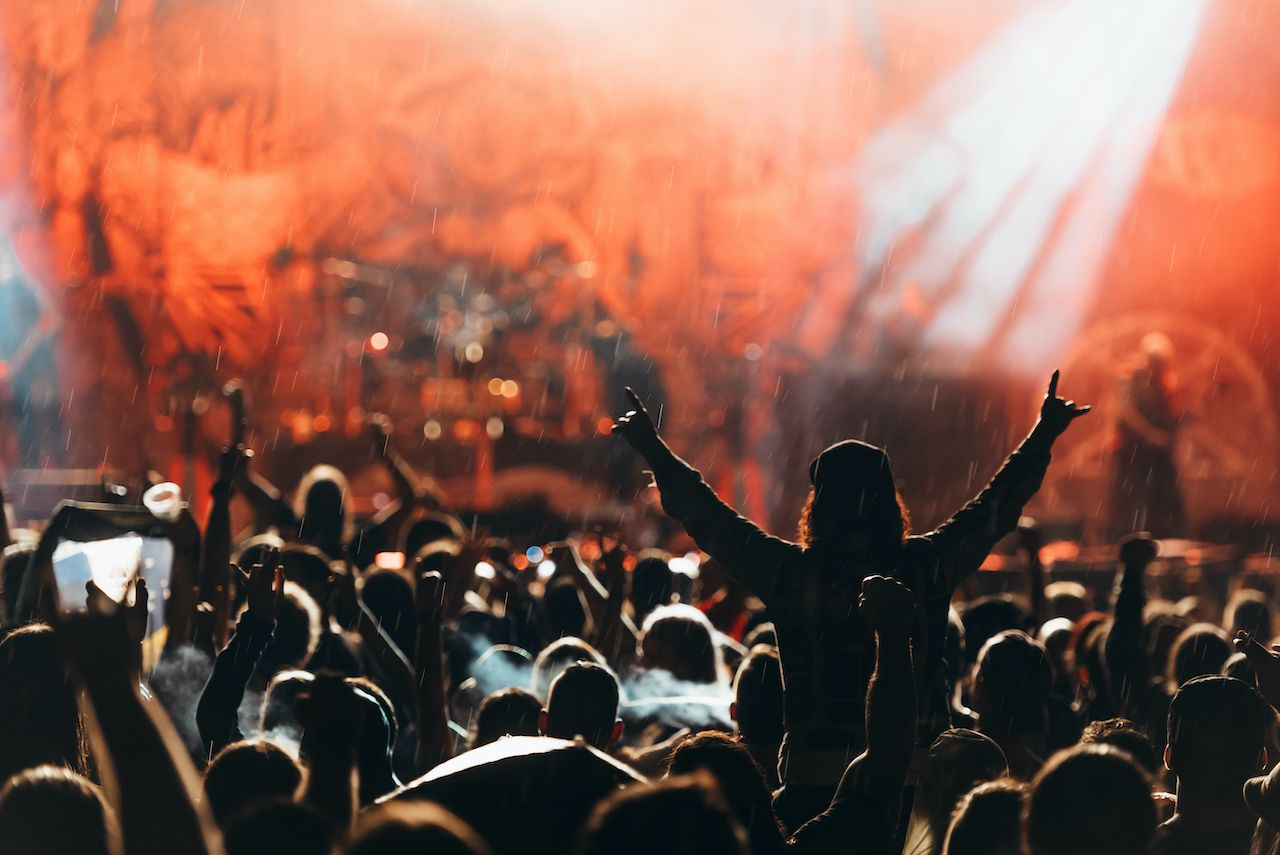 This is what experts are doing so we can go back to enjoying concerts.. The post German scientists will host a concert for 4,000 people to study the spread of COVID-19 appeared first on Matador Network..