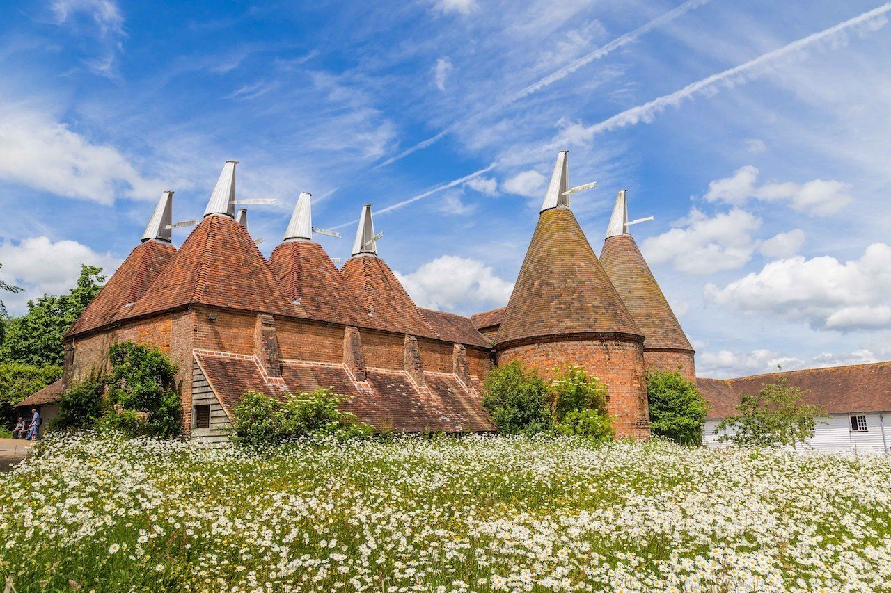 Once, they were indispensable to the beer industry.. The post Oast houses are the most astonishing buildings in all of England appeared first on Matador Network..