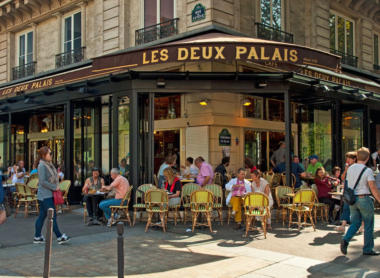 Put on a sweater.. The post France to ban outdoor heaters from cafes and restaurant terraces appeared first on Matador Network..