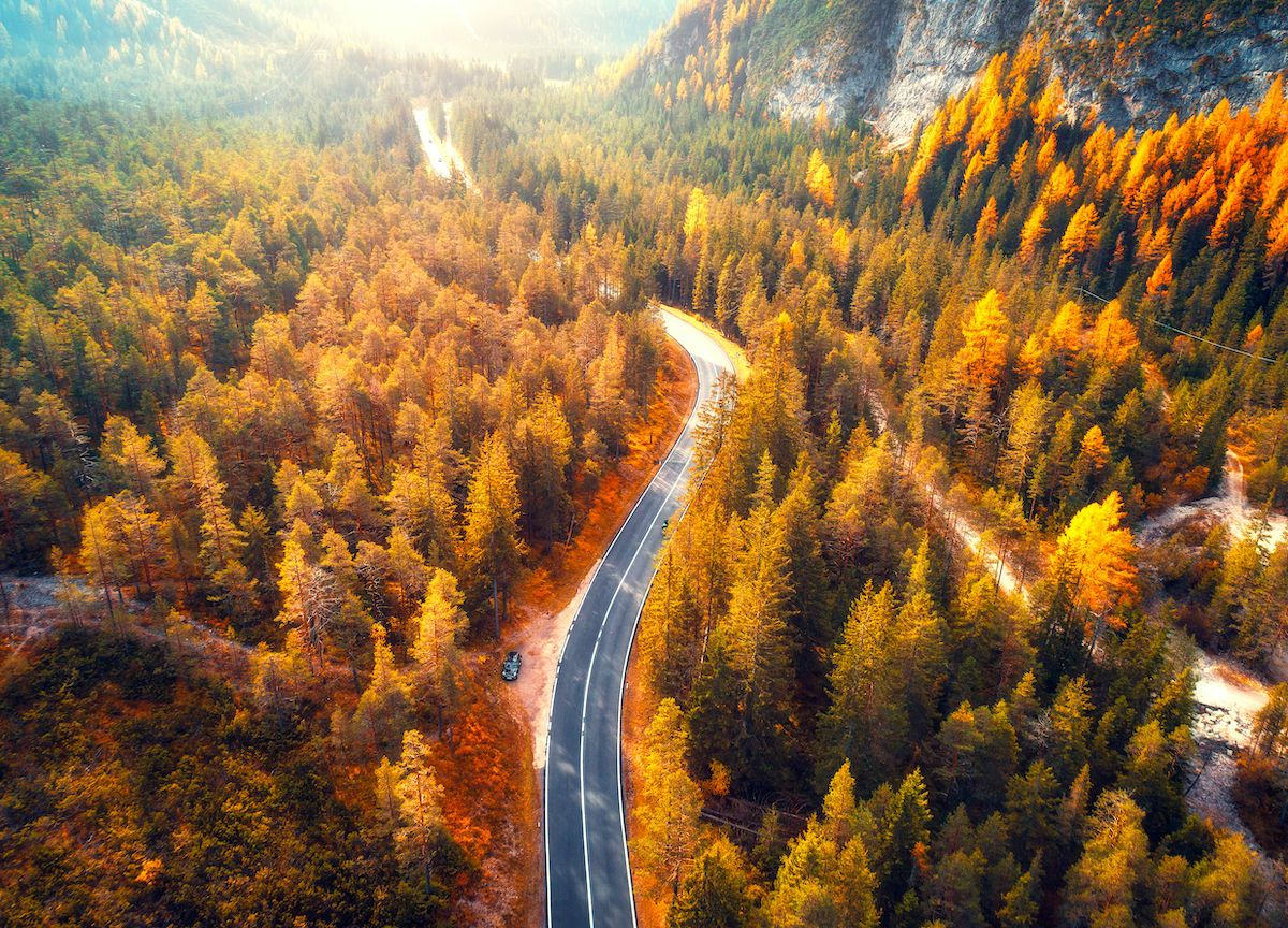 Sorry, summer. Fall is the ultimate road-tripping season.