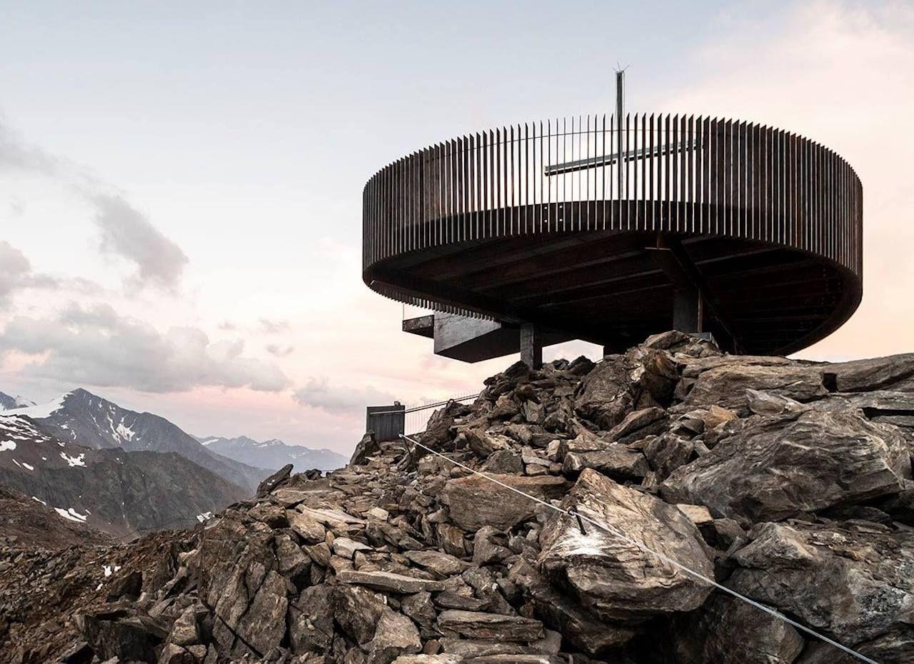 Observation deck alps
