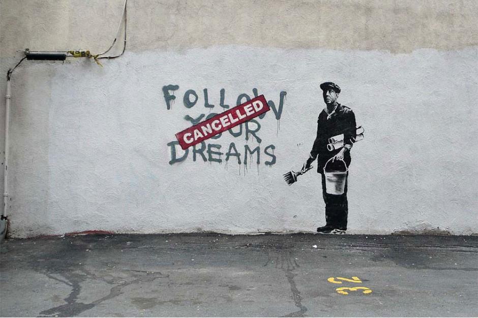 10 Obras De Banksy Para Celebrar Su Falso Arresto