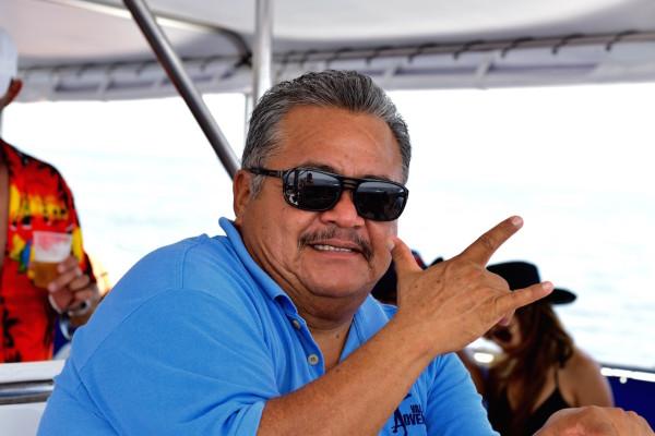 El Capi Juan Carlos fue el encargado de la travesía a la Playa Escondida.