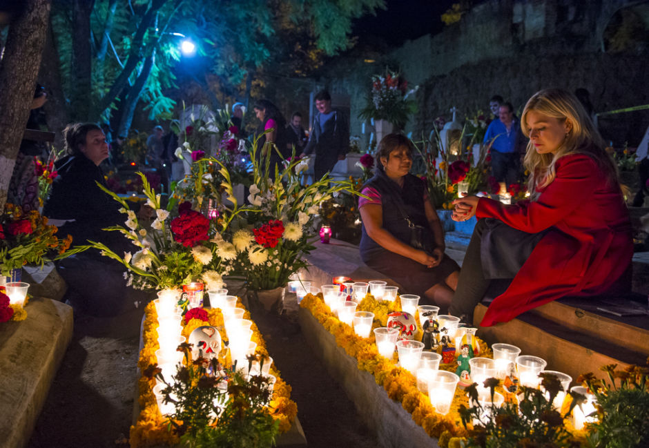 altar de muertos prehispánico