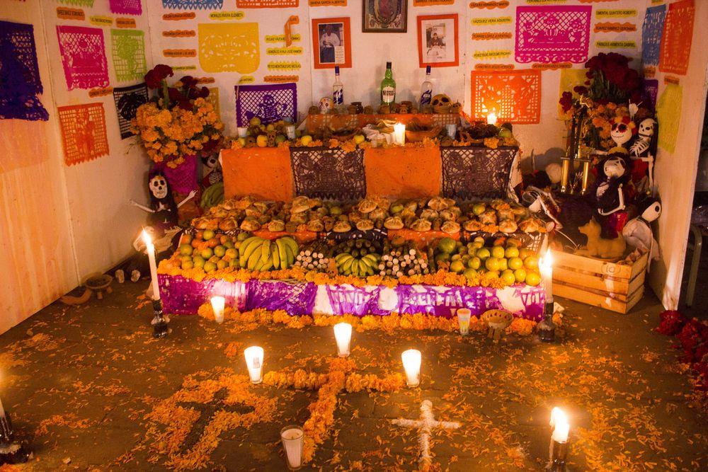 8 elementos ya presentes en el altar de muertos prehispánico