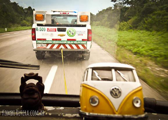 RoadtripMexicoGrua05
