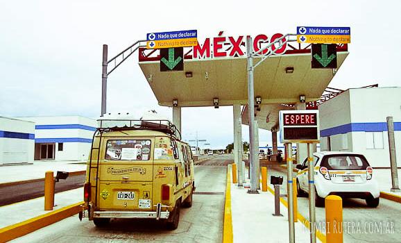 roadtripMexicoAduana02