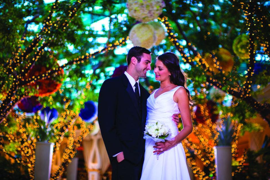 Bride and groom at Bellagio