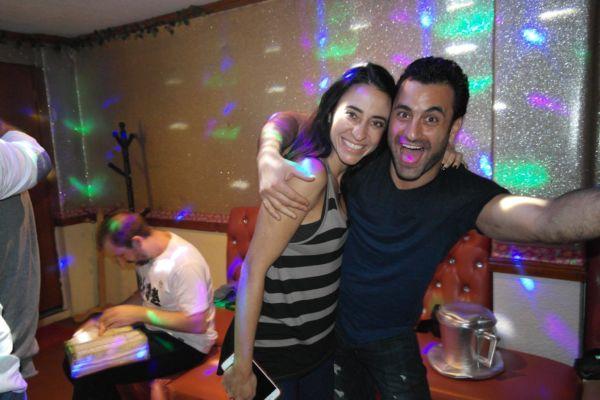 primera cita en la Ciudad de México karaoke