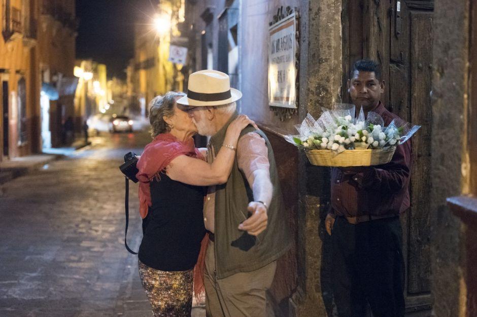 San Miguel de Allende beso pareja Guanajuato Mexico