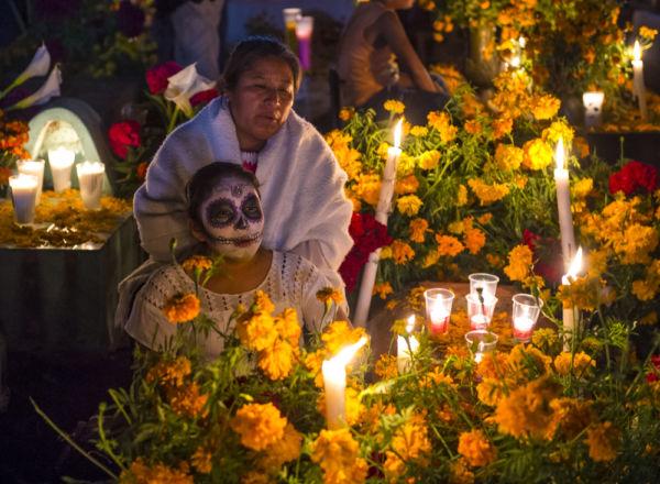 los extranjeros amamos el Día de Muertos