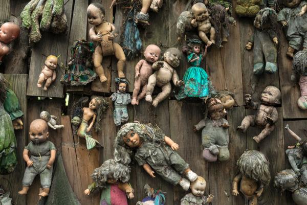 terror miedo en la CDMX Halloween en la Ciudad de México isla de las muñecas