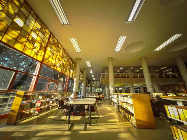 datos de Ciudad Universitaria de la UNAM que van a hacerte sentir aún más orgulloso de ser mexicano Biblioteca Central de Ciudad