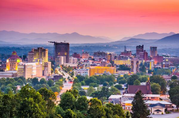 ciudades poco conocidas de Estados Unidos Asheville Carolina del Norte
