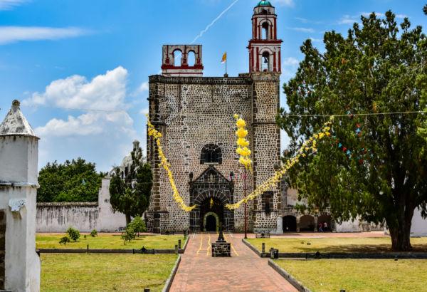 ruta de los conventos en Morelos y Puebla Tochimilco