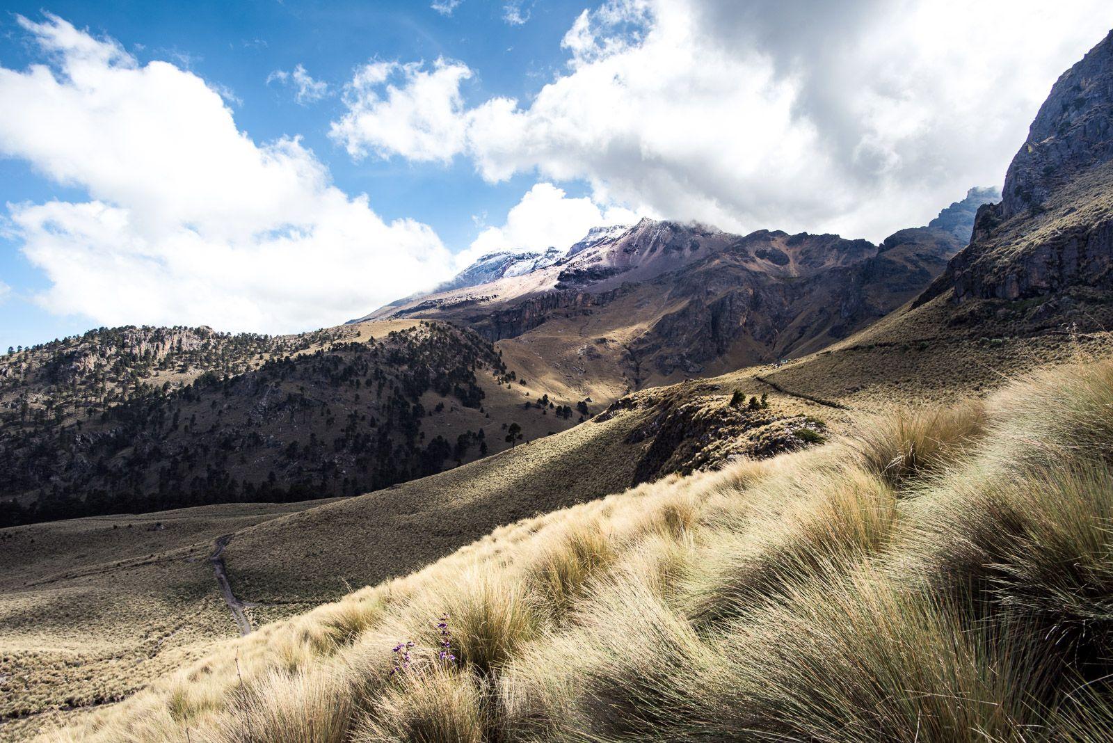Resultado de imagen para Parque Nacional Iztaccíhuatl-Popocatépetl