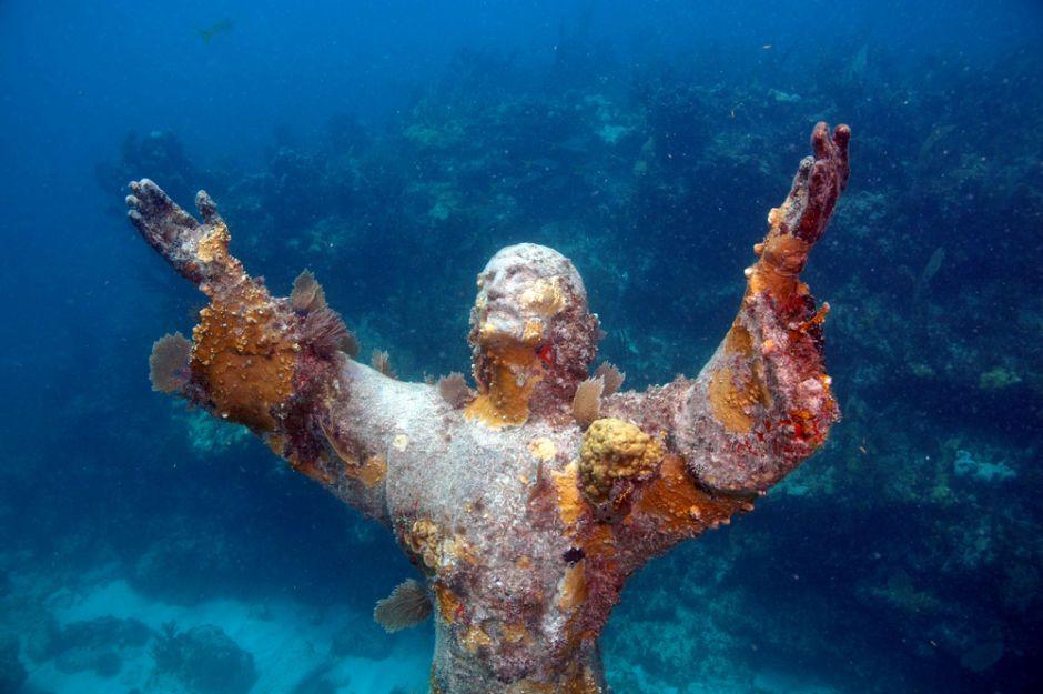 estatuas de Jesucristo