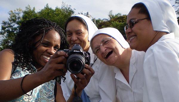 Lola Akinmade with nuns in Nicaragua