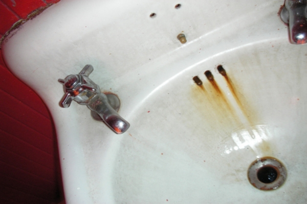 Dirty sink