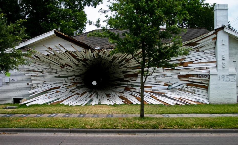 a house with an entrance like a space vortex
