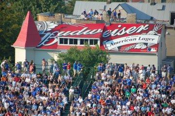 Budweiser roof, Wrigley Field