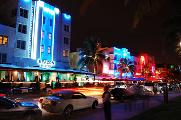 Night shot in South Beach, Miami