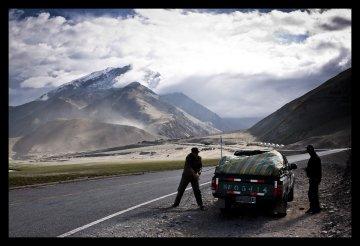 Karakoram Highway Karakul Lake, Xinjiang