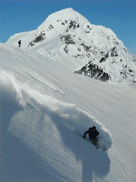 Heli-skiing, Alaska