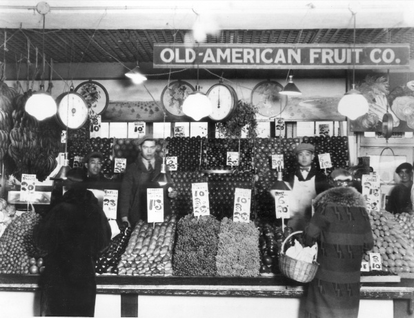 Produce stand, Pike Place Market