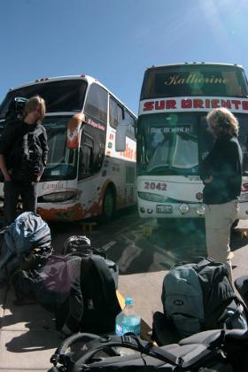 Backpackers in Peru