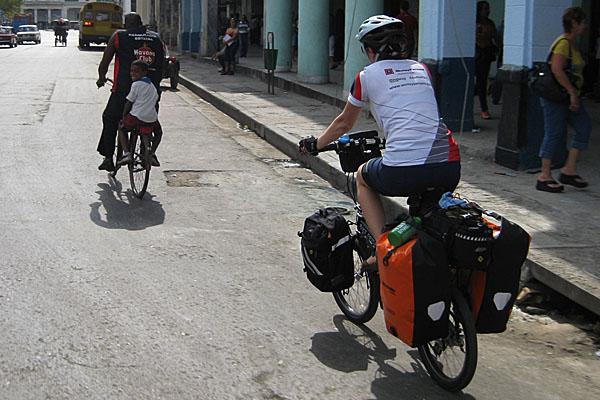 Havana cycling