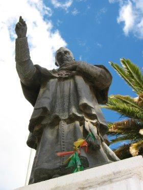 Statue, Cochabamba